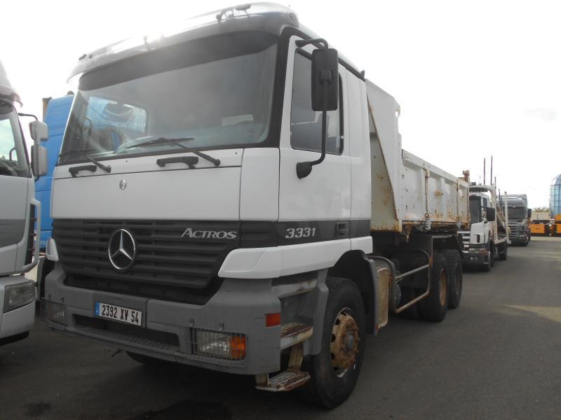 tipper Mercedes Actros 3331