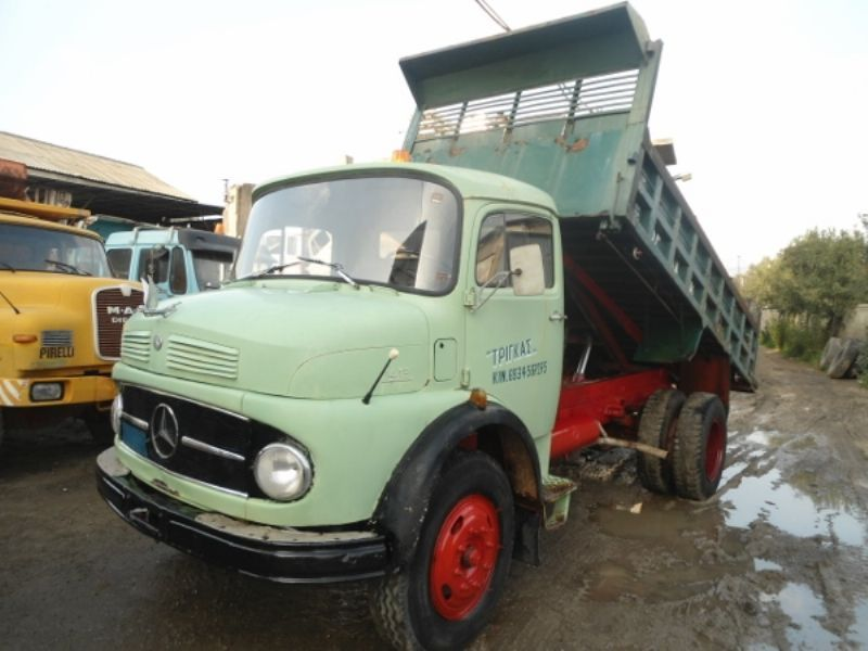 mercedes benz 1413 4x2 tipper from greece for sale at truck1 id rh truck1 eu Mercedes-Benz Parts 2003 Mercedes-Benz SLK-Class