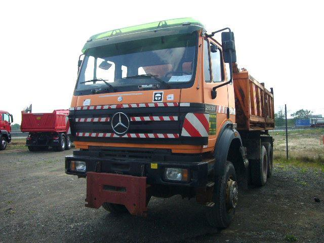 Used mercedes benz tipper trucks for sale in germany for Used mercedes benz trucks for sale in germany