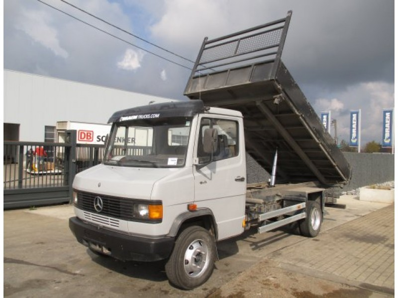 Sold mercedes expedition truck youtube for Mercedes benz vario 4x4 for sale