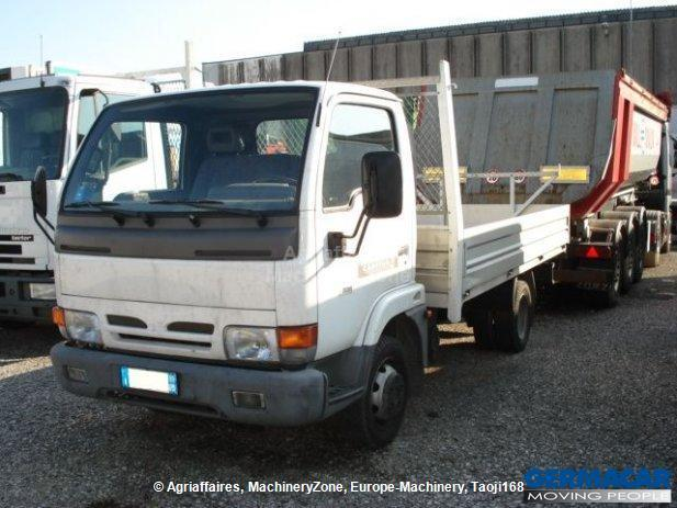 Nissan tlo 35/2 tipper from Italy for sale at Truck1, ID: 836197