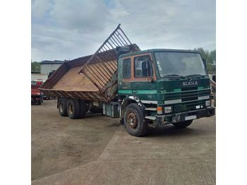SCANIA P82H 210 left hand drive Turbo 10 tyres 26 ton - tipper