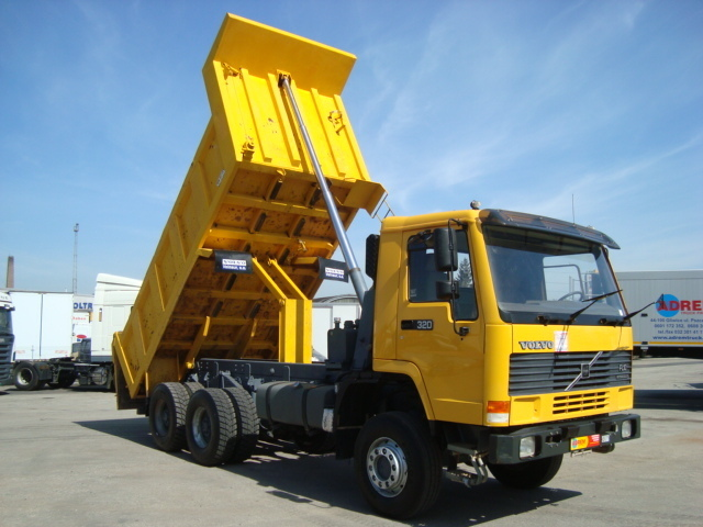 Volvo F10/320 INTERCOOLER 6x6!!! SUPER STAN tipper from Poland for sale at Truck1, ID: 863661