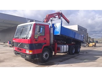 Tipper Volvo FL 7 - 230 (STEEL SUSPENSION / MANUAL PUMP / WITH CRANE): picture 1