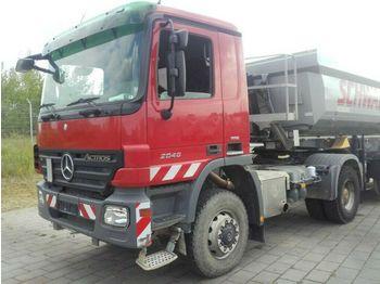 Тягач Mercedes-Benz Actros 2046 AS 4x4 Sattelzugmaschine