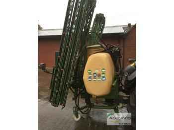 Amazone UF 800 - maşină de erbicidat purtata