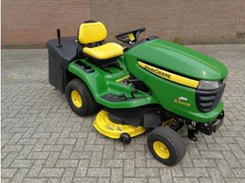 John Deere X300R - maşină de tuns iarba