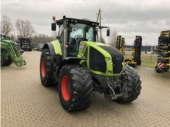 Tractor agricol CLAAS AXION 950