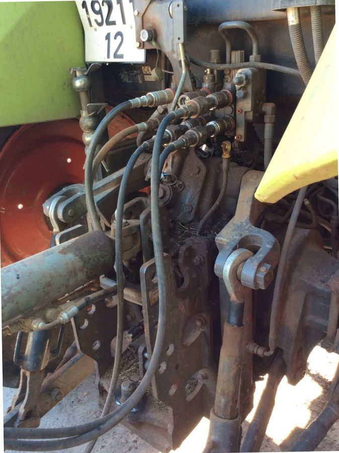 Tractor agricol Claas ARION 410: Foto 7