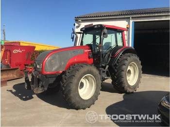 Tractor agricol Valtra T131