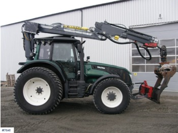Tractor agricol Valtra T203