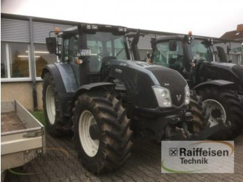 Tractor agricol Valtra T213