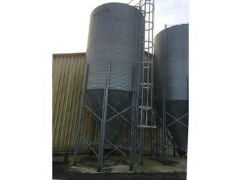 tres beau silos avec vis de vidange - utilaje de depozitat