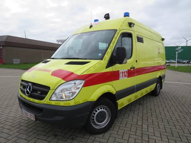 Ambulance Mercedes-Benz Sprinter 318 CDI - Truck1 ID: 2958638