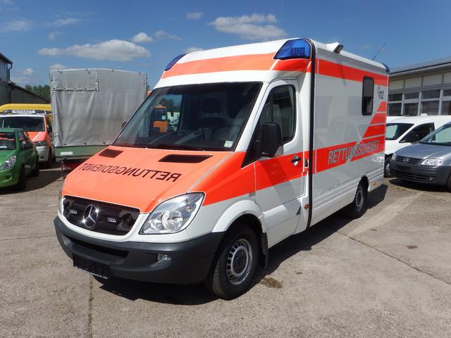 bilder von krankenwagen  malvorlagen gratis