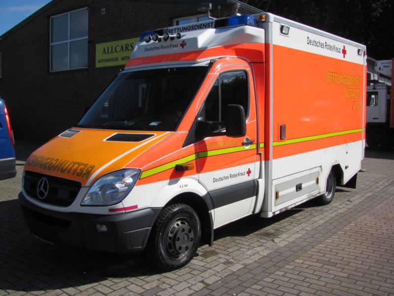 39652282ef Mercedes-Benz Sprinter 516 CDI Krankenwagen Rettungswagen ambulance ...
