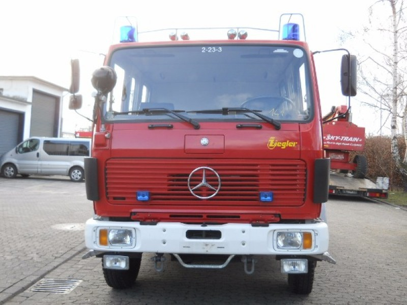 Mercedes benz ng 1222 af 4x4 fire truck from germany for for Mercedes benz truck 4x4