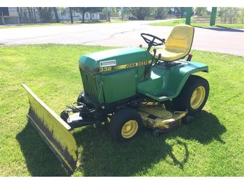 John Deere 332  - utility/ special vehicle