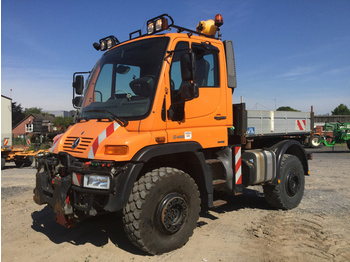 Utility/ special vehicle Mercedes-Benz Unimog U400