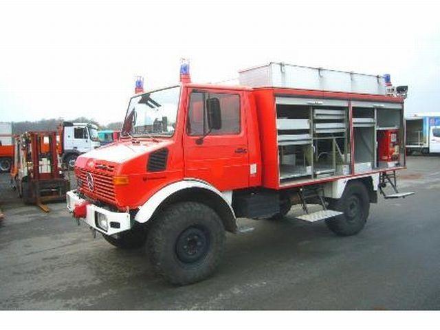 mercedes benz unimog u 1300 l utility special vehicle. Black Bedroom Furniture Sets. Home Design Ideas