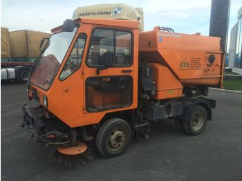 FORD SCARAB MINOR STREET CLEANER - sweeper