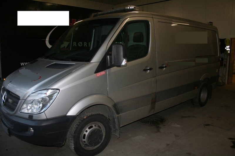 Mercedes benz sprinter 518 cdi vacuum truck from norway for Mercedes benz utility vehicle