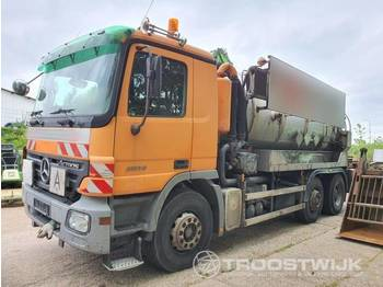 Mercedes-Benz Actros MP2 2536 6x2 - sugbil