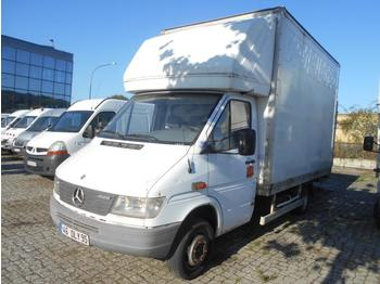 Box van Mercedes 412D