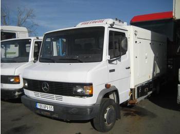 Box van Mercedes 609D 609D