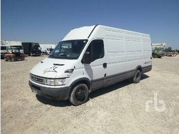 IVECO DAILY 35C13 - closed box van