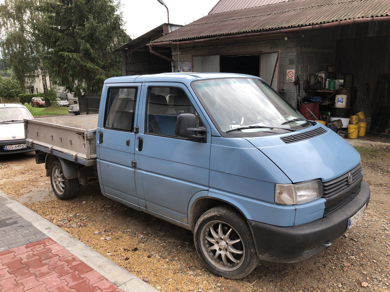 Admirable VW Transporter T4 Syncro flatbed van from Poland for sale at XB-58