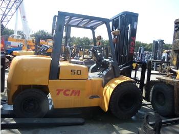 TCM FD50 - haarukkatrukki