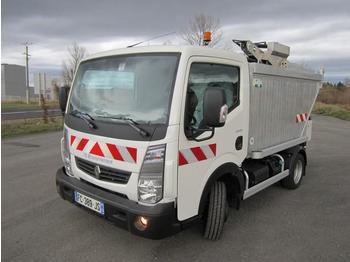 Renault Maxity - camión de basura