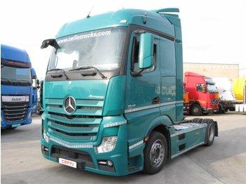 Mercedes Actros - влекач