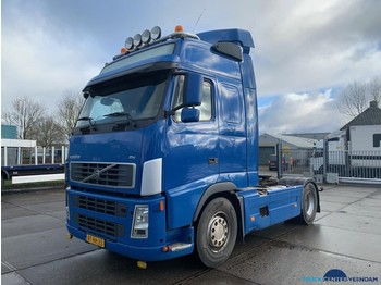 Volvo FH12 440 Manual-Globetrotter - влекач