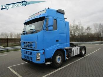 Влекач Volvo FH480