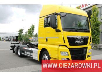 MAN TGX 26.440 E6 6x2 - RETARDER - 300k km - BDF CHASSIS - 2 BEDS - chassis vrachtwagen