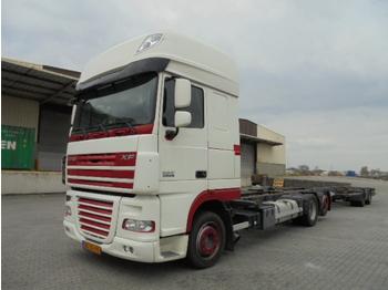 Containertransporter/ wissellaadbak vrachtwagen DAF XF105-410 SSC MANUAL