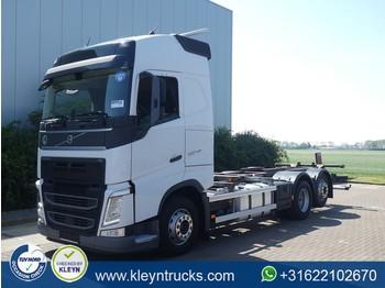 Volvo FH 460 voith retarder - containertransporter/ wissellaadbak vrachtwagen