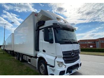 Koelwagen vrachtwagen Mercedes-Benz Acros 2545 6X2 Euro 6