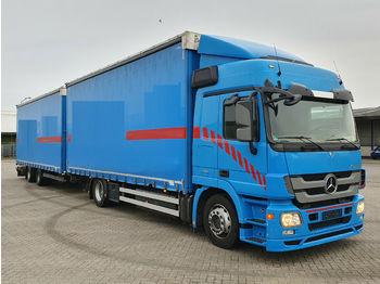 Schuifzeilen vrachtwagen Mercedes-Benz Actros MP3 1841 Jumbozug mit Schmitz Tandem