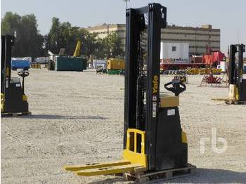 YALE MS14 1.4 Ton Walk Behind Reach Stacker - wózek widłowy