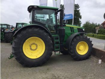 John Deere 6250R - zemědělský traktor