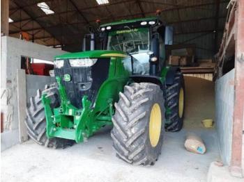 John Deere 7250R - zemědělský traktor