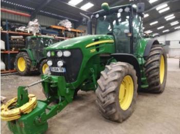 John Deere 7830 - zemědělský traktor