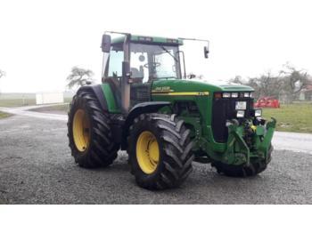 John Deere 8310 PowerShift - zemědělský traktor