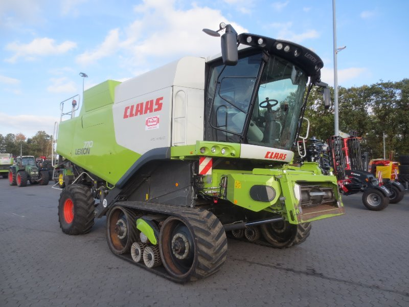 CLAAS Lexion 770 TT mit V1200